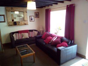 Awd Tuts Cottage Lounge